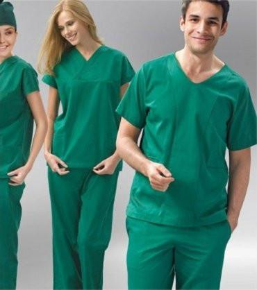 quần áo phẫu thuật trong spa và thẩm mỹ viện